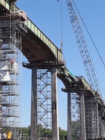 Lowering third girder removal