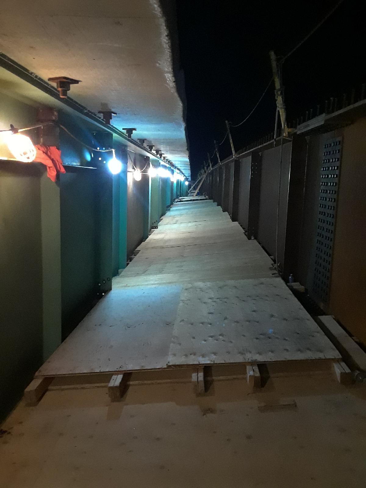 Night work - access platform