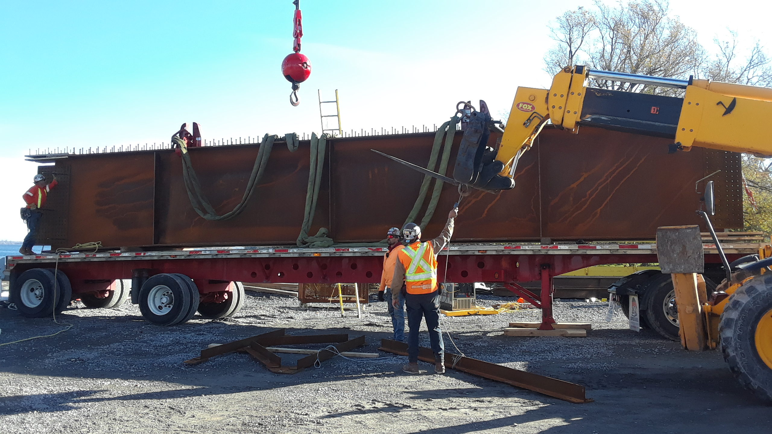 Final section of girder arriving for assembly