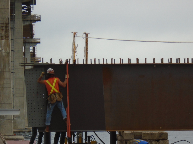 Preparing the drop-in girder before the placement