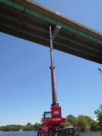 Magni lift being used for structural steel repairs