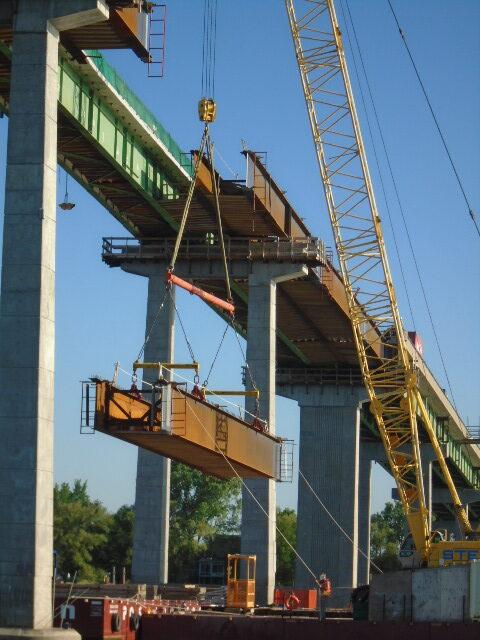 Drop-in girder mid-lift