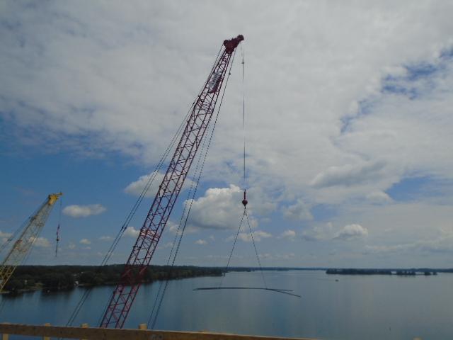 110 ton crane lifting the rebar to the deck