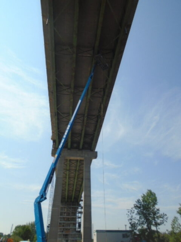 Structural steel repairs using the man-lift