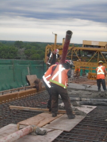 Removing and emptying the concrete pump pipes