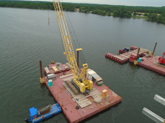 Moving the barge and 200 ton crane