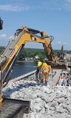 Removing rebar during concrete removal