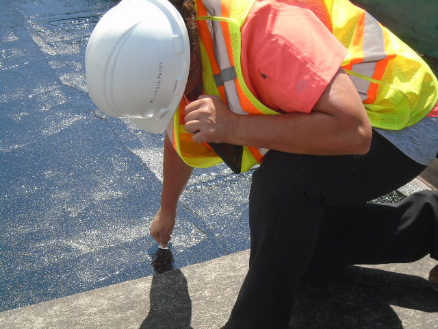 Measuring the waterproofing membrane thickness