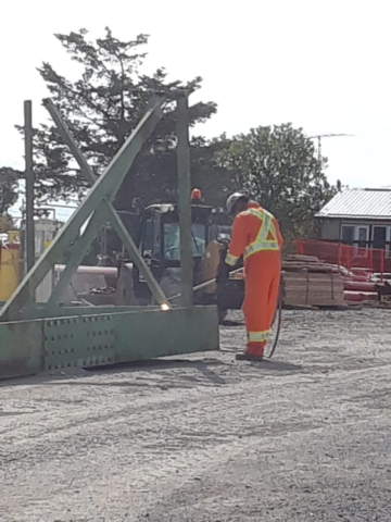Dismantling the girders for removal from site