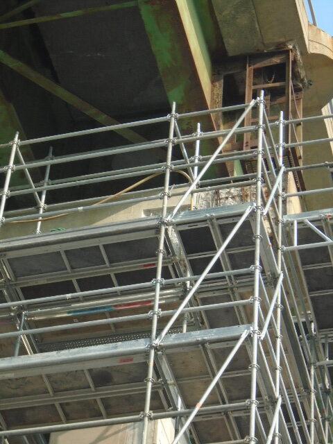 Concrete removal on pier 13