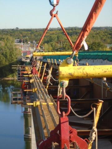 Instillation of the new approach girder