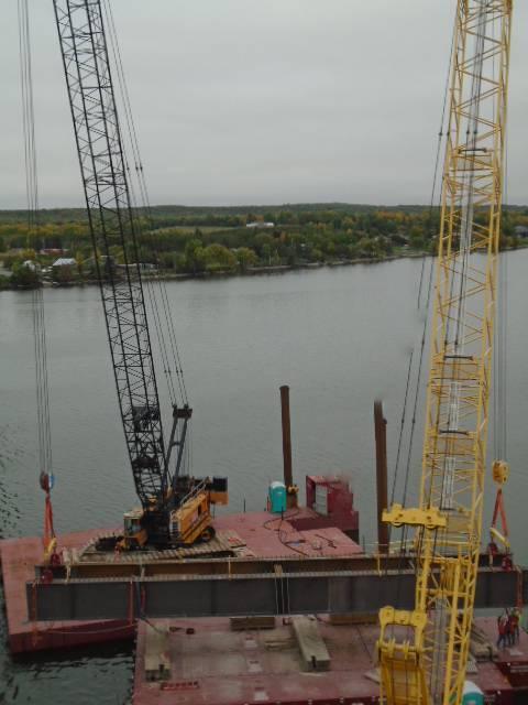 Starting the second haunch girder lift