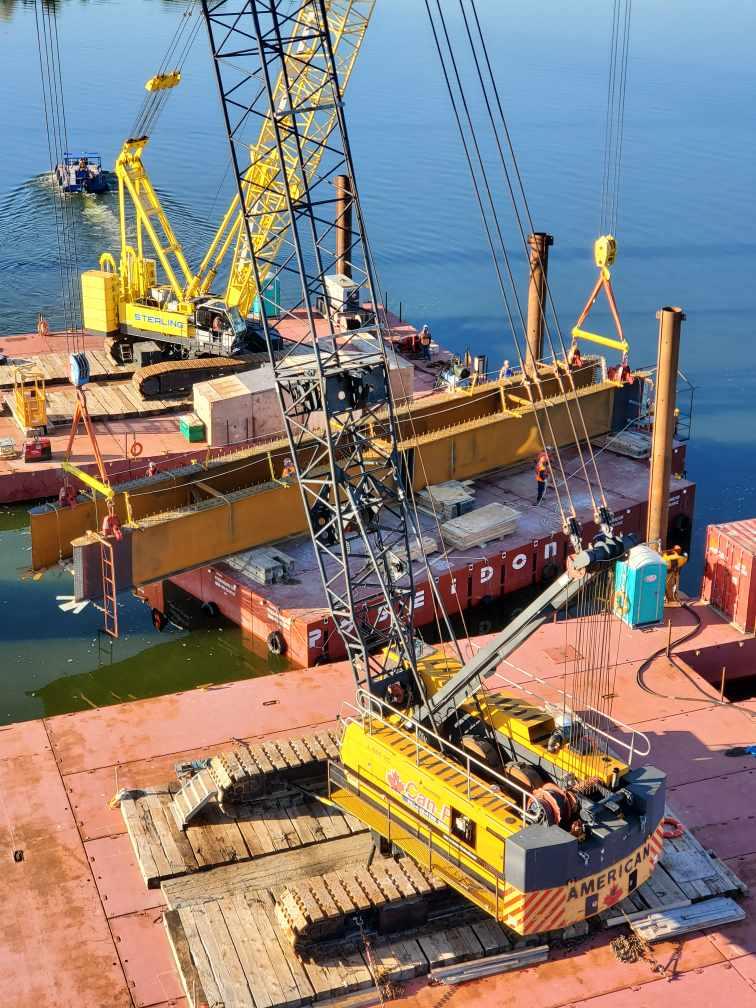Preparing to lift the first haunch girder