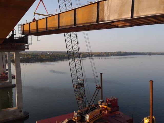 Second approach girder lift