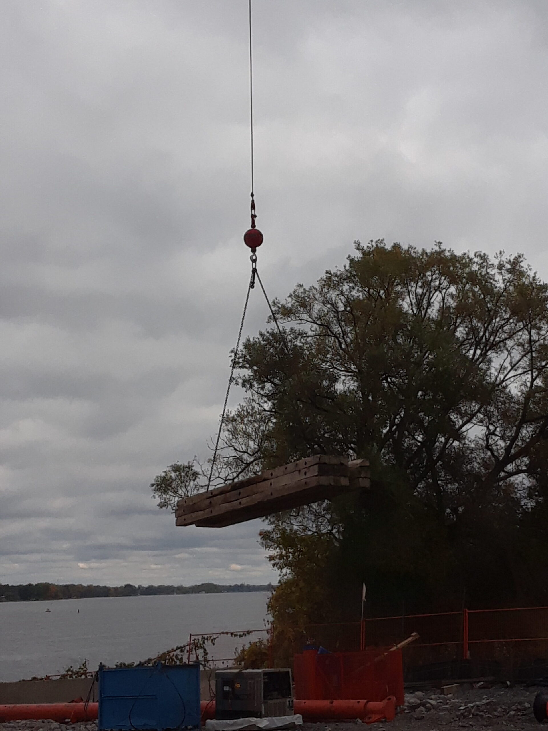 Removing the mats from the barge