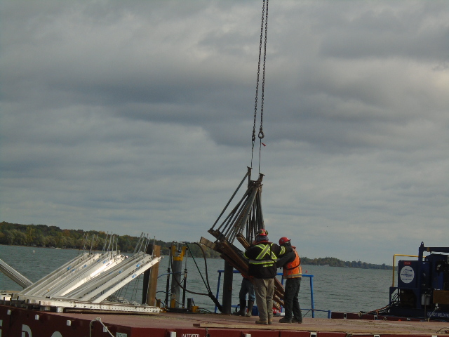 Loading the support brackets onto the barge