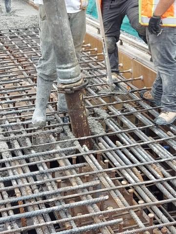 Placing concrete in the deck diaphragm