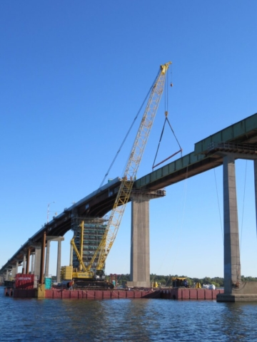 200-ton crane set up for the second girder section removal