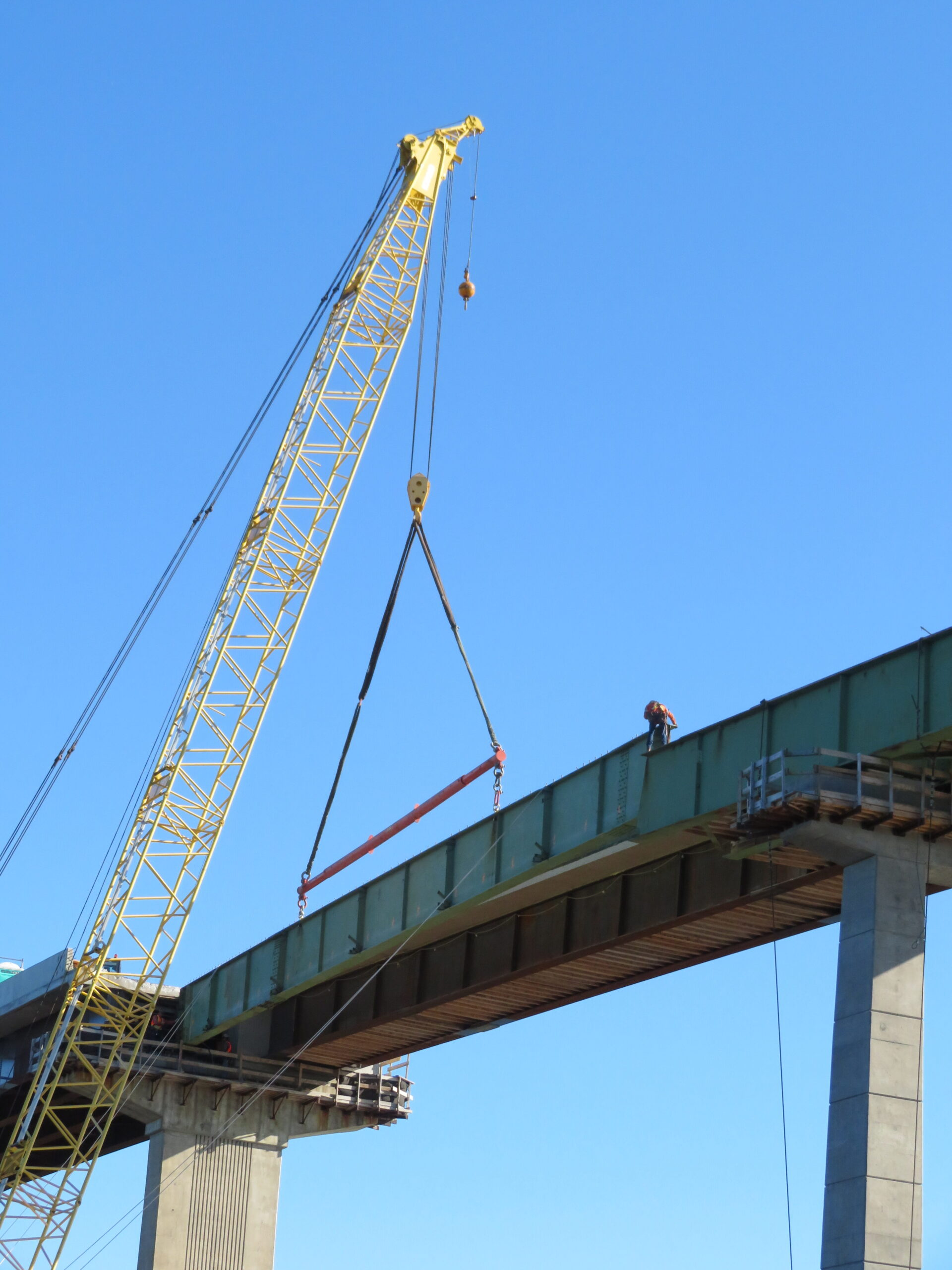 Starting to remove the second girder section