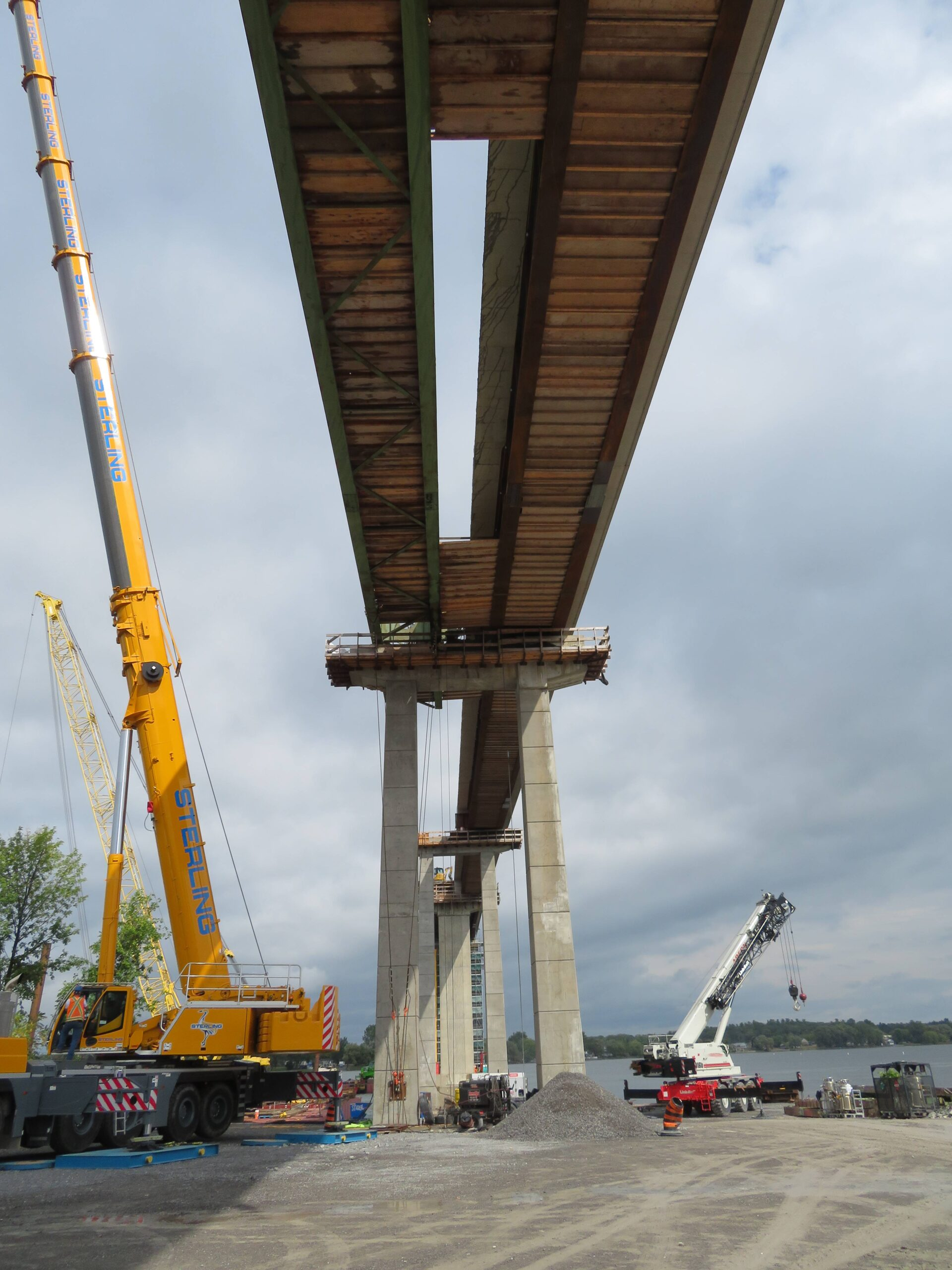 Removing the false decking between piers 13 and 14 in preparation for girder removals