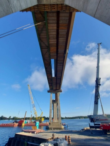 View from below of removed false decking between piers 12 and 13 in preparation for girder removal